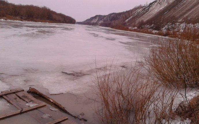 на льду был 2 суток